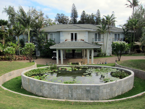 Hawaii Island Retreat front
