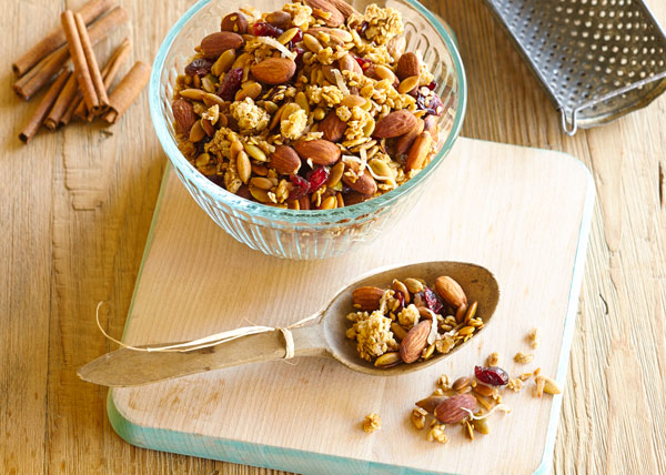 A Granola Recipe That's Delicious and Meant to Make You More Beautiful! Warning: Highly addictive.