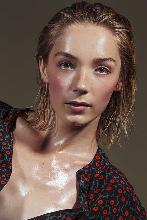 Kira Conley beauty6