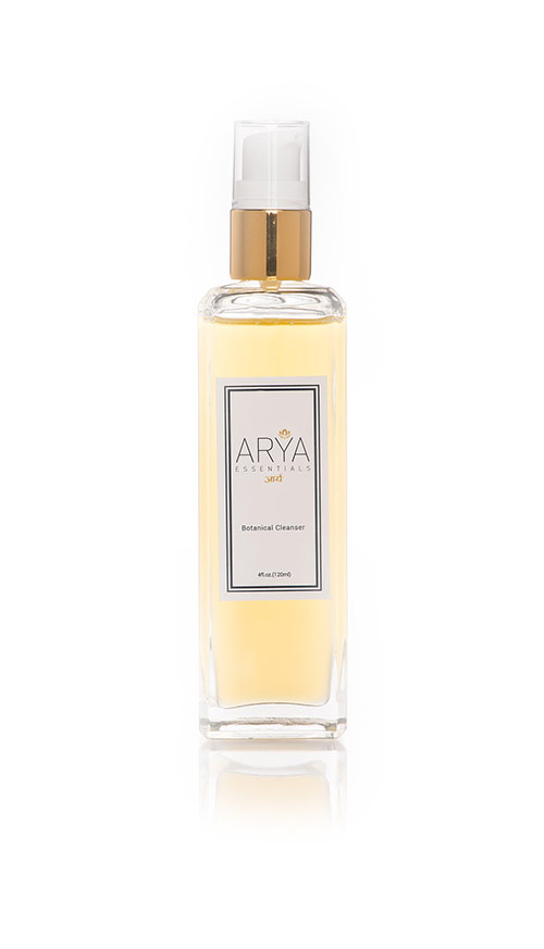 botanical-cleanser-arya-essentials-shoot01-0007